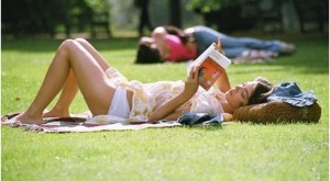 Hot Summer Reads for College Girls