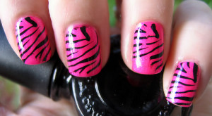 How to...Get Zebra Print Nails