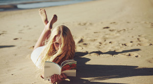 The Best 5 Books To Read By The Pool