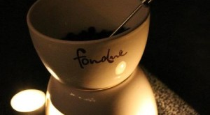 How To... Make An Easy Fondue Date Night