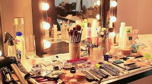 5 Tips On How To Get Out Of Your Makeup Routine Rut