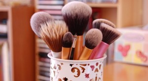 Easy Ways To Simplify Your Beauty Routine