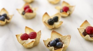 How To… Make Independence Day Berry Cups