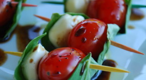 How To... Make Easy Mini Caprese Salad Appetizers