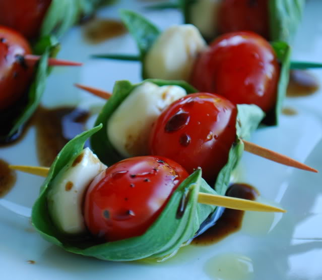 How To… Make Easy Mini Caprese Salad Appetizers | Every College Girl