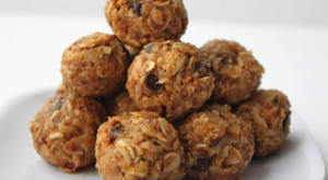 How To... Make A No-Bake Energizing Bite-Sized Snack