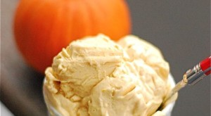 How To… Make Your Own Pumpkin Frozen Yogurt, With 4 Ingredients