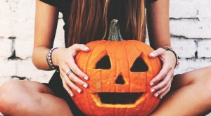 10 Halloween Costumes for Under $10