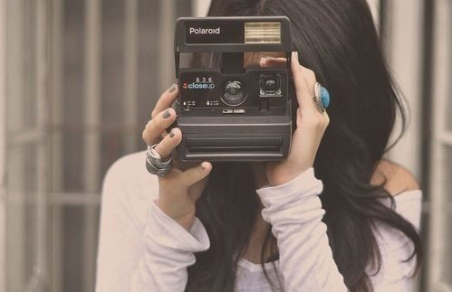polaroid-girl-picture-fun-college