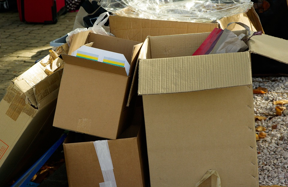 cartons-970950_960_720